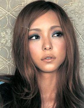 メイクが可愛い安室奈美恵